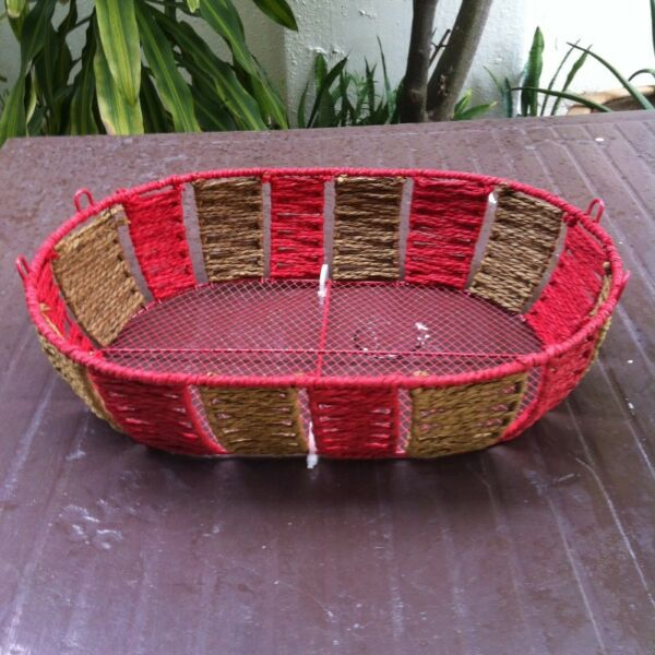 Red brown Tray basket 28 x 40 x 10cm and brown tray basket 40 x 30 x 10 cm