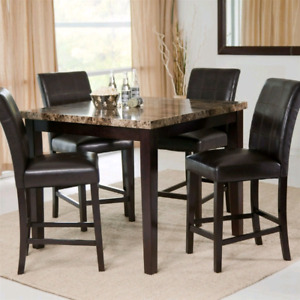 FAUX MARBLE DINING TABLE SET WITH CHAIRS/Faux marbre table avec