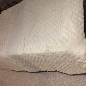 Queen size Bedspread Kitchener / Waterloo Kitchener Area image 1