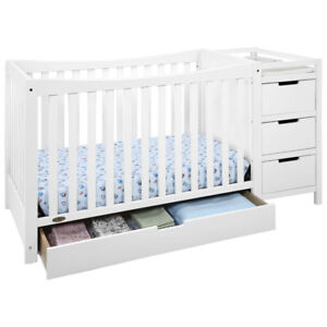 Graco Remi 4-in-1 Convertible Crib with changing table - White