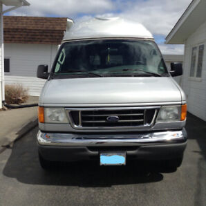 2006 FORD ECONOLINE 350 WHEELCHAIR VAN