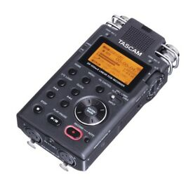 Tascam Dr100 Handheld Recorder. Good Condition!
