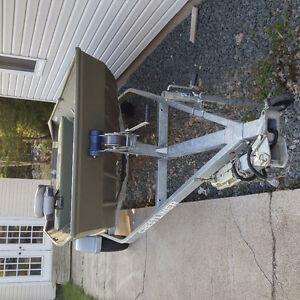 2015 Crestliner Jon Boat with trailer