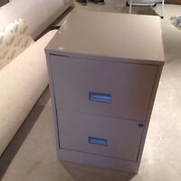FILING CABINET - TWO DRAWER