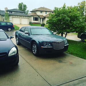 2005 Chrysler 300-Series HEMI C, need towed and gone asap!!