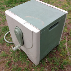 """AMES@REELEASY"" HOSE BOX WITH HOSE-ALL FOR $50"