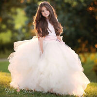 WHO WANTS TO WIN A CHERRY BLOSSOM PHOTOSHOOT FOR THEIR DAUGHTER?