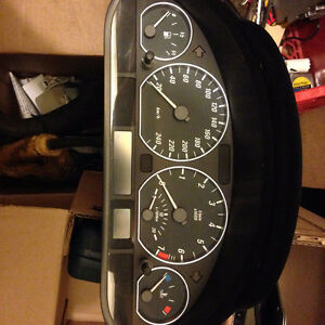 cluster dashboard with rings low klm bmw any 3 series