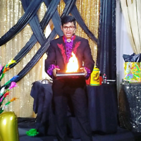Professional Magic show for kids and adults