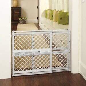 Safety 1st Baby Lift & Lock Security Gate