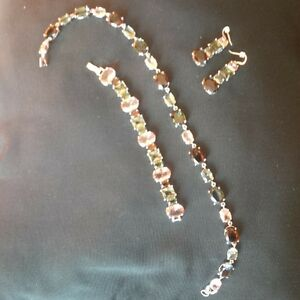 Beautiful Jewellery set for an excellent price! Windsor Region Ontario image 1