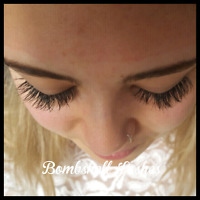 Bombshell Volume & Classic Lash Extensions