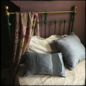 19th Century Antique Single Iron Bed with Mattress