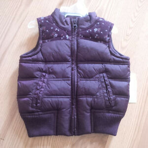 Girls 12-18m Old Navy Vest. New with tags.