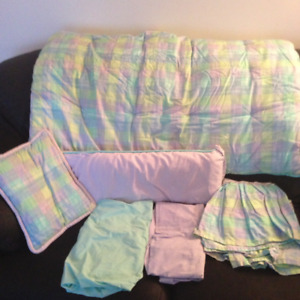 UNISEX CUSTOM MADE CRIB SET / BEDDING