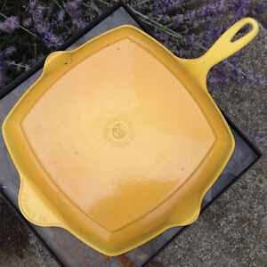 LE CREUSET FRANCE #26 YELLOW CAST IRON GRILL PAN SKILLET London Ontario image 1