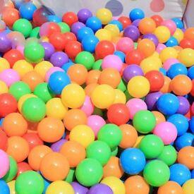 plastic balls x 100 new toys