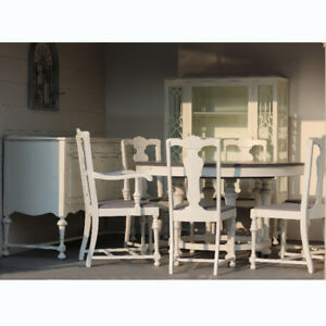 Stunning 9-Piece Dining Set! (Table/6 Chairs/Sideboard/Hutch)