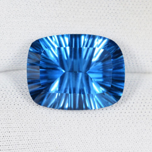 11.90 ct TOP LUSTROUS 100% NATURAL AAA SWISS BLUE TOPAZ Concave Cut C Vdo 9025