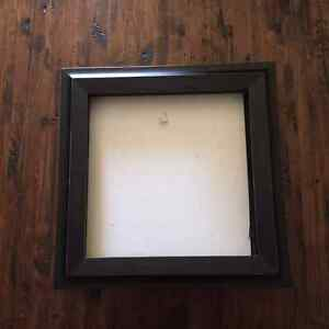 Shadow box frame