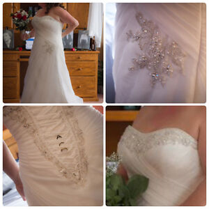 More Lee wedding gown