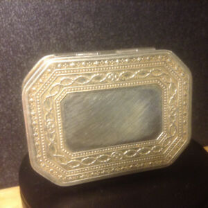 Antique Lovely Birmingham Sterling Silver Snuff Box