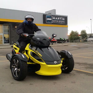 2014 can am spyder rss sport model