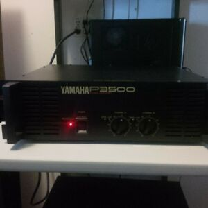 YAMAHA POWER AMP