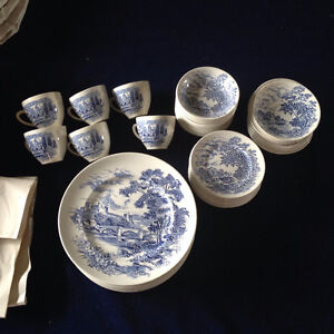 """ENOCH WEDGWOOD """"COUNTRYSIDE"""" DISHES"""