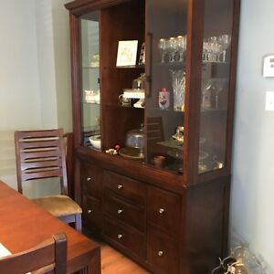 Beautiful Dining table and hutch