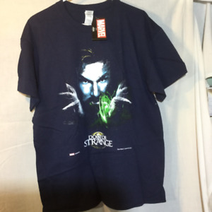 5 Men's Large Graphic T-Shirts - Marvel and more