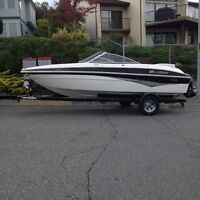 Mint Condition 17.5 Bowrider less than 50 hrs