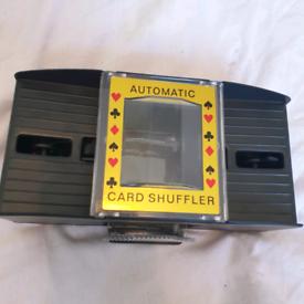 AUTOMATIC PLAYING CARDS SHUFFLER POKER CASINO