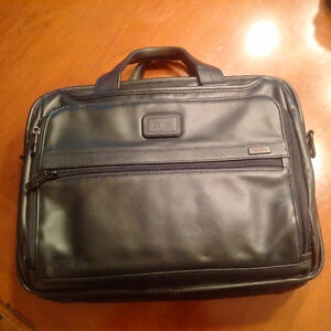 Used Tumi Briefcase - Less than 2 weeks used.