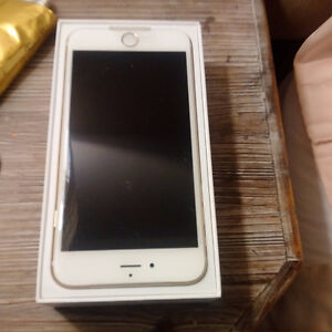 iphone 6 + 128 gig Gold color