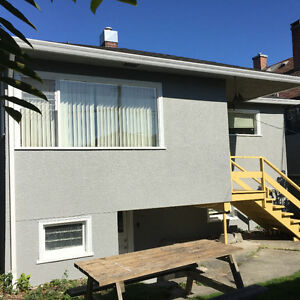 4br - Live in the heart of Kits in a vintage 4 bedroom home.