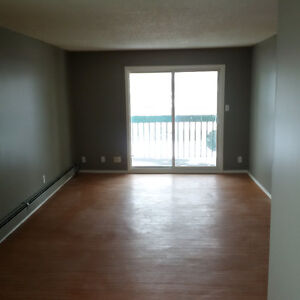 Short or Long Term Lease, 2 bedroom AB Side