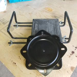 Boat seat clamp