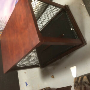 LARGE DOG CRATE/KENNEL FOR SALE!