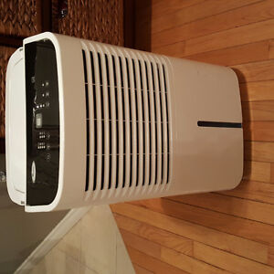 Whirlpool Dehumitifier and air purifier