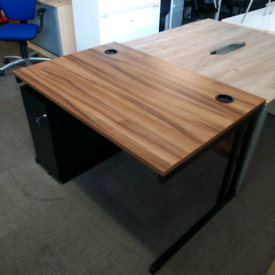 Walnut desk Office furniture 1400 x 800mm