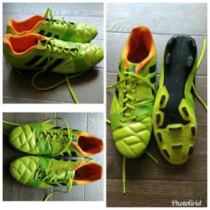 Used Mens Outdoor Soccer Cleats