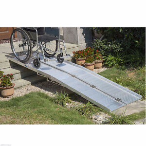 WHEELCHAIR RAMP FOR SALE BRAND NEW IN BOX / WHEELCHAIR RAMP 10FT