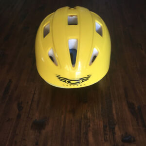(S) Cascade White Water / Kayaking Helmet