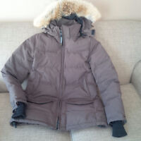 Canada Goose coat for sale (women's)