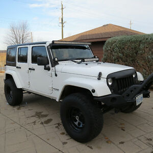 Jeep Sahara Unlimited, Modified and ready to tackle the SNOW! Windsor Region Ontario image 10