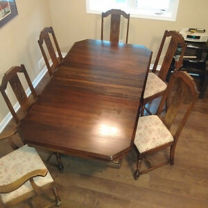 Vintage 8pc Mahogany Dining Room Set and Sideboard