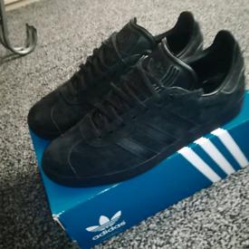 separation shoes 2d888 42267 Adidas Gazelle Core Black, size 9, worn once