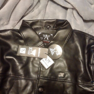 Emporio Armani Classic Leather Jacket -New / Never Worn /Replica Cambridge Kitchener Area image 2