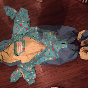Gagou Tagou mint condition snowsuit baby girl